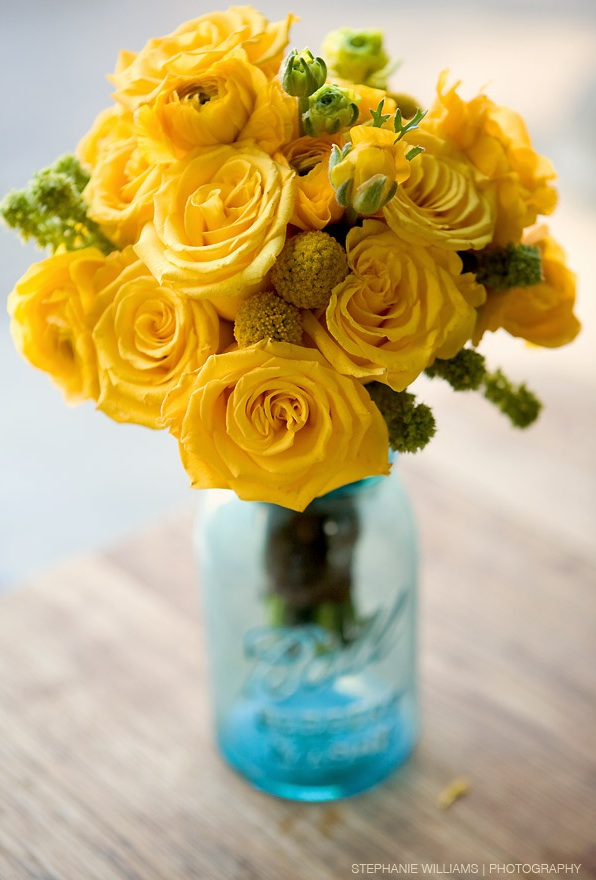 Best wedding ideas for yellow centerpieces