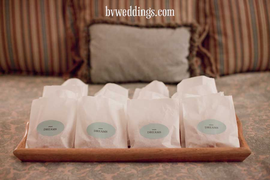 Wedding Favor Donut Bags : 301 Moved Permanently